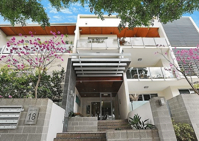 BULIMBA GARDEN APARTMENT