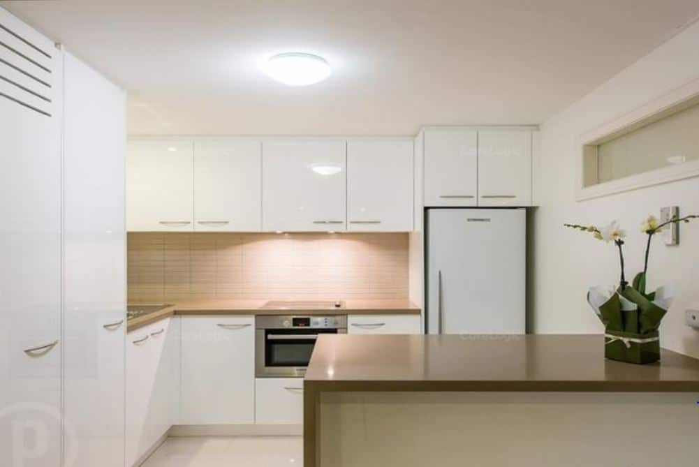 4 - INDOOROOPILLY WATERFRONT